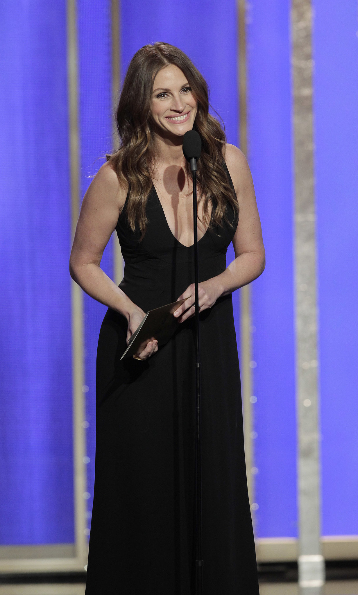 Julia Roberts made a special appearance at the Golden Globes.
