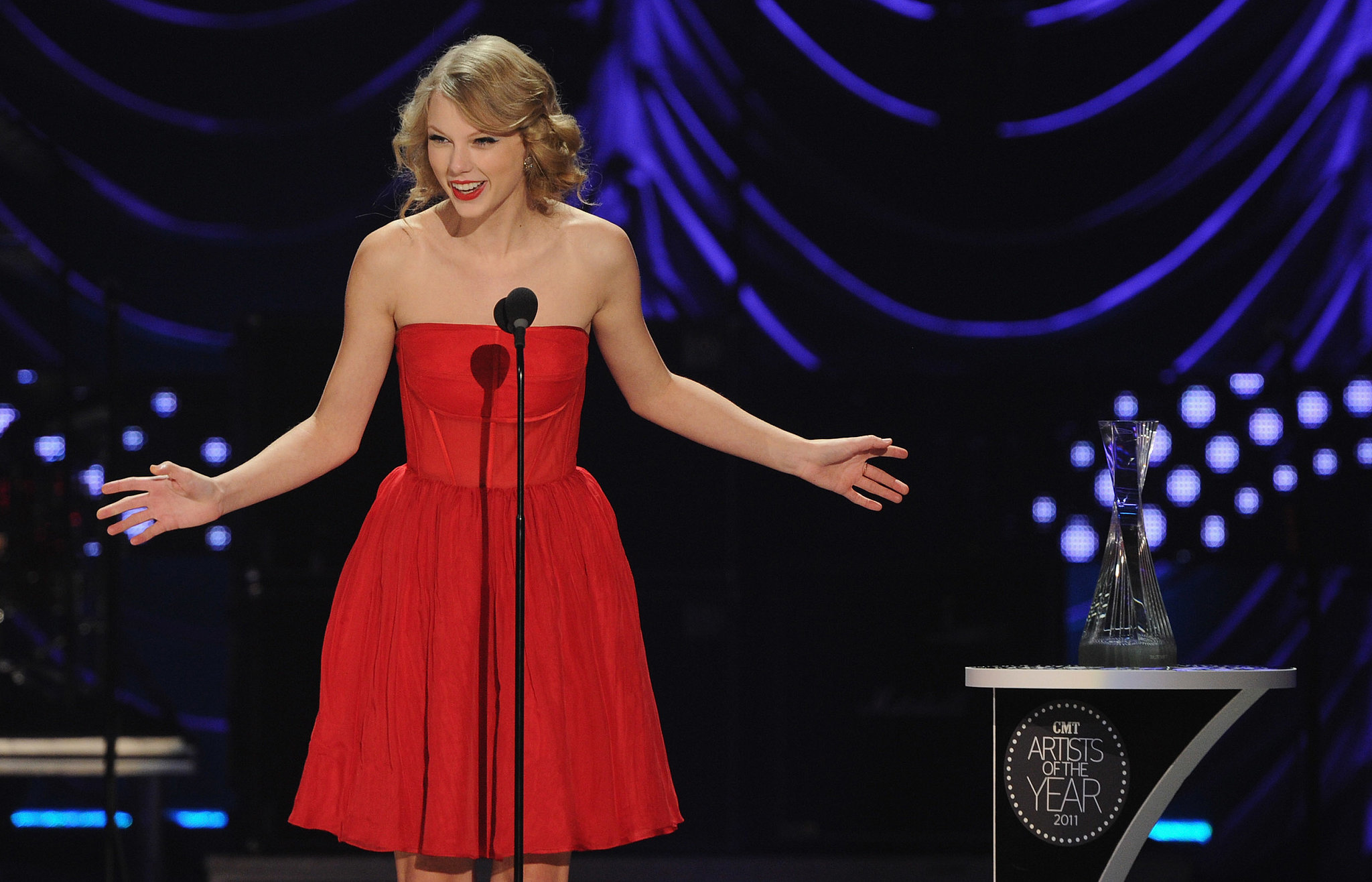 Taylor was honored at the CMT Artists of the Year event in November 2011.