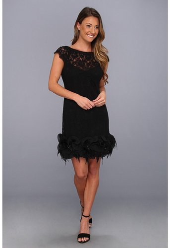 Jessica Simpson - S/S Lace Dress w/ Feather Hem (Black) - Apparel