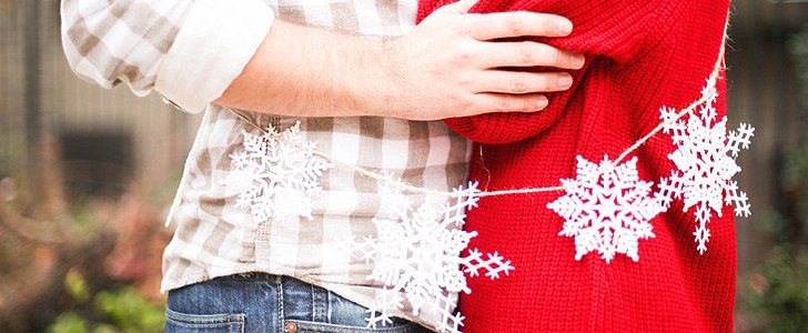 20 Ways to Add Holiday Spirit to Your Engagement Shoot