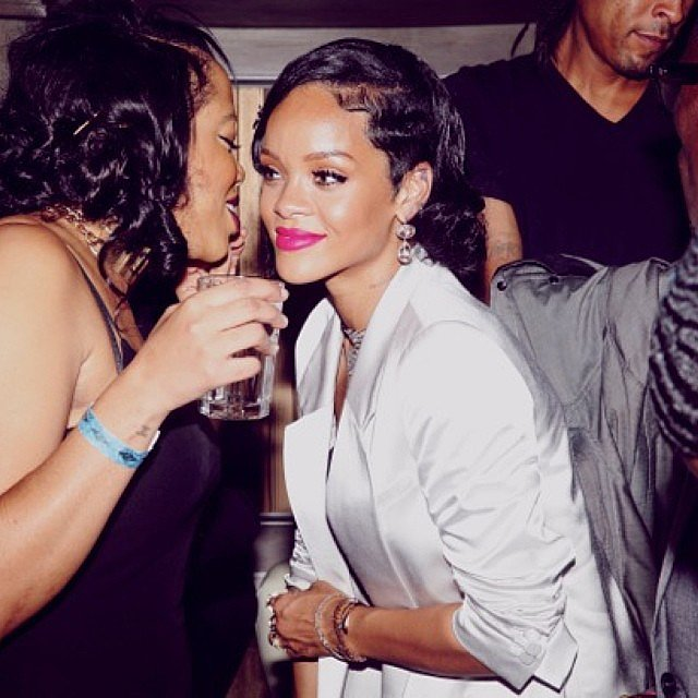 rihanna posted a number of photos of her new years eve