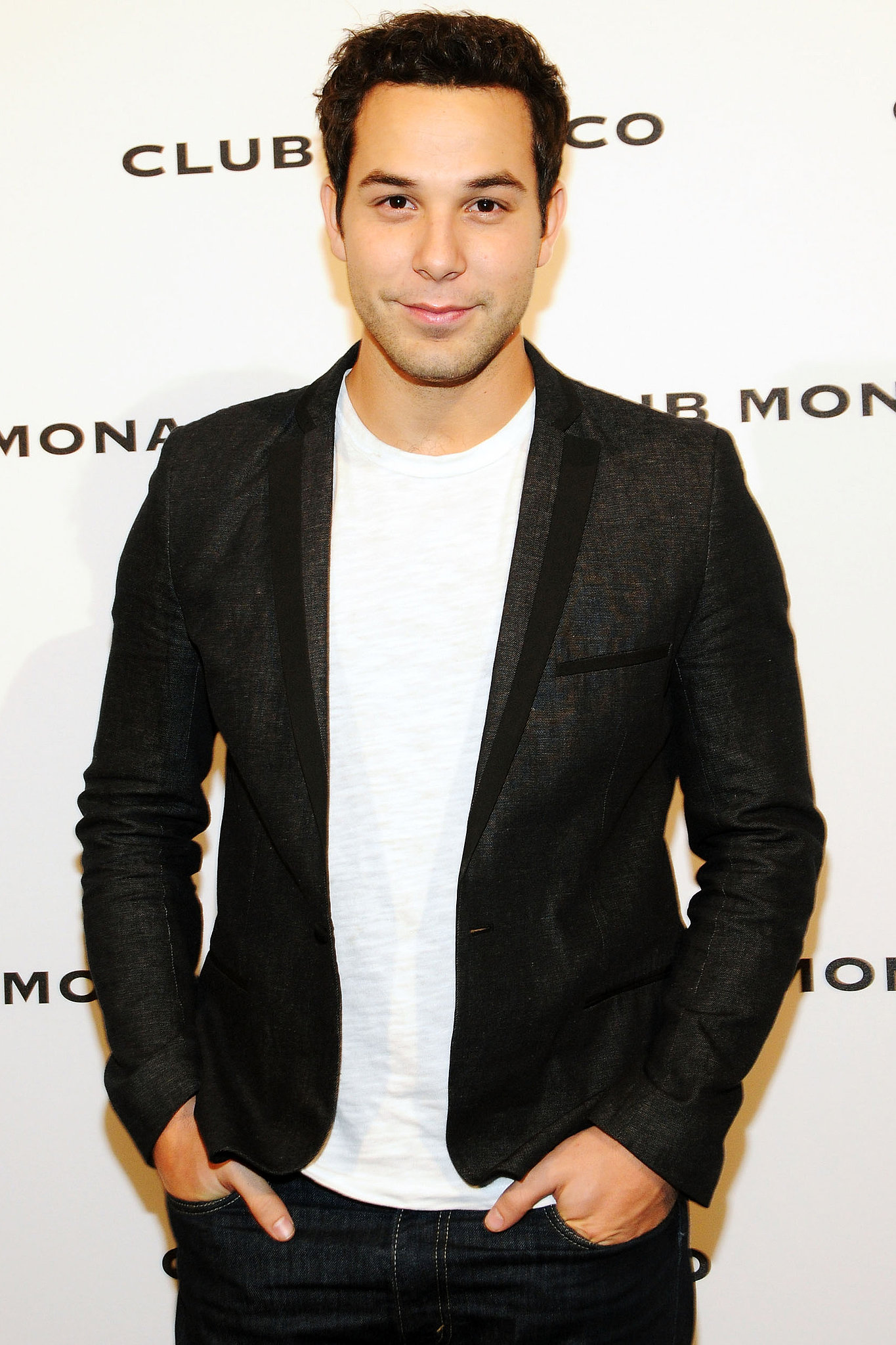 Skylar Astin Skylar Astin on Glee