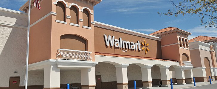 Forget a Hospital! Mom Gives Birth in Walmart Parking Lot!