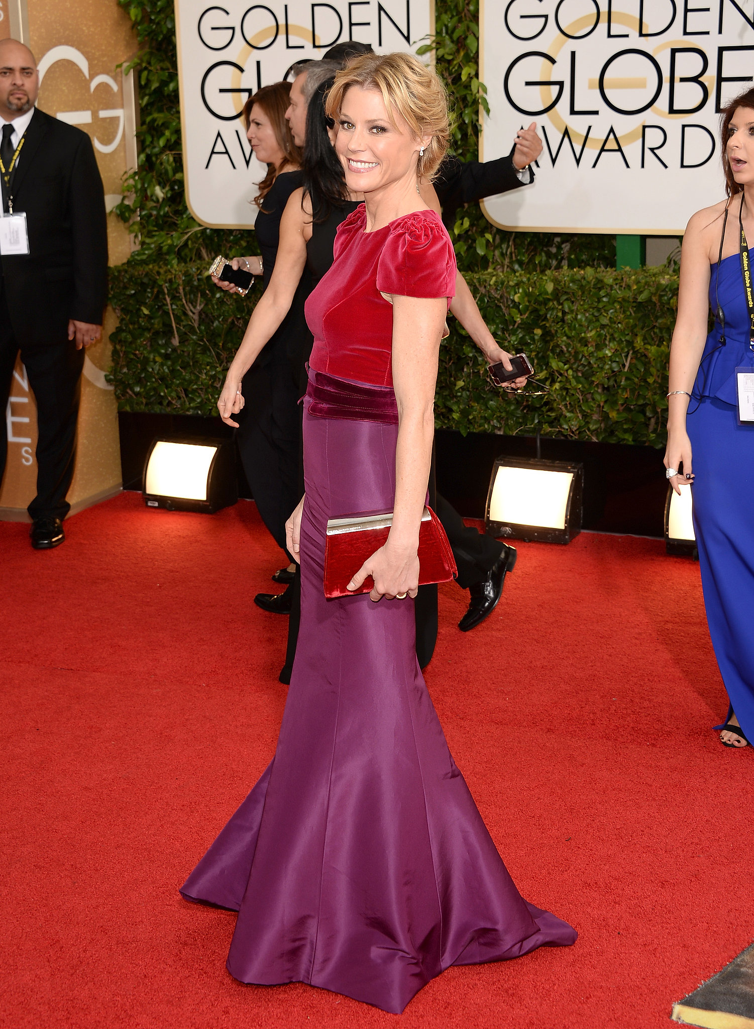 Julie Bowen in Carolina Herrera