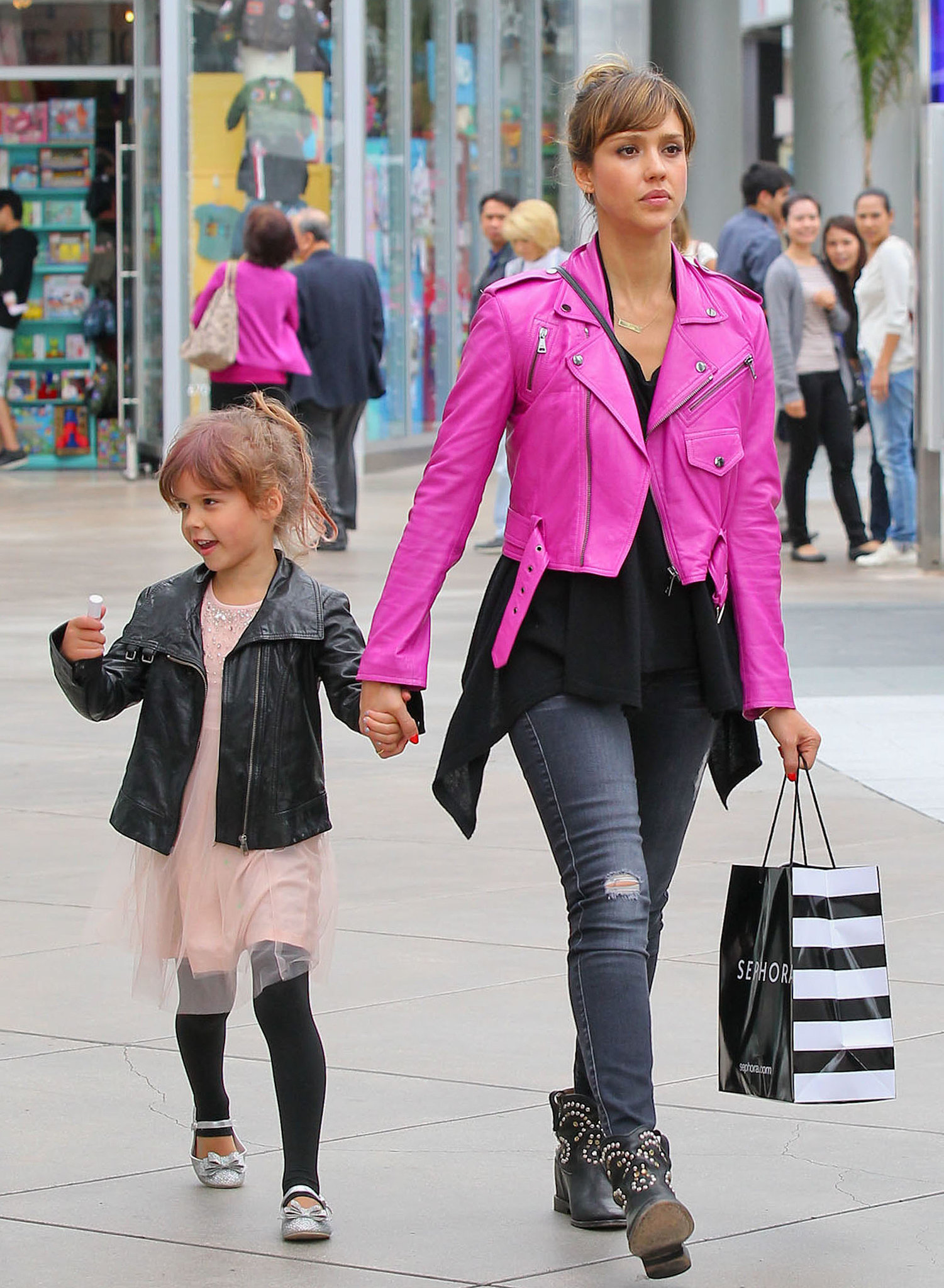 It was all about a hot-pink leather biker jacket and distressed 7 For All Mankind jeans for Jessica Alba while indulging in some retail therapy with Honor in 2013. Where to Wear: Trivia night with the besties.