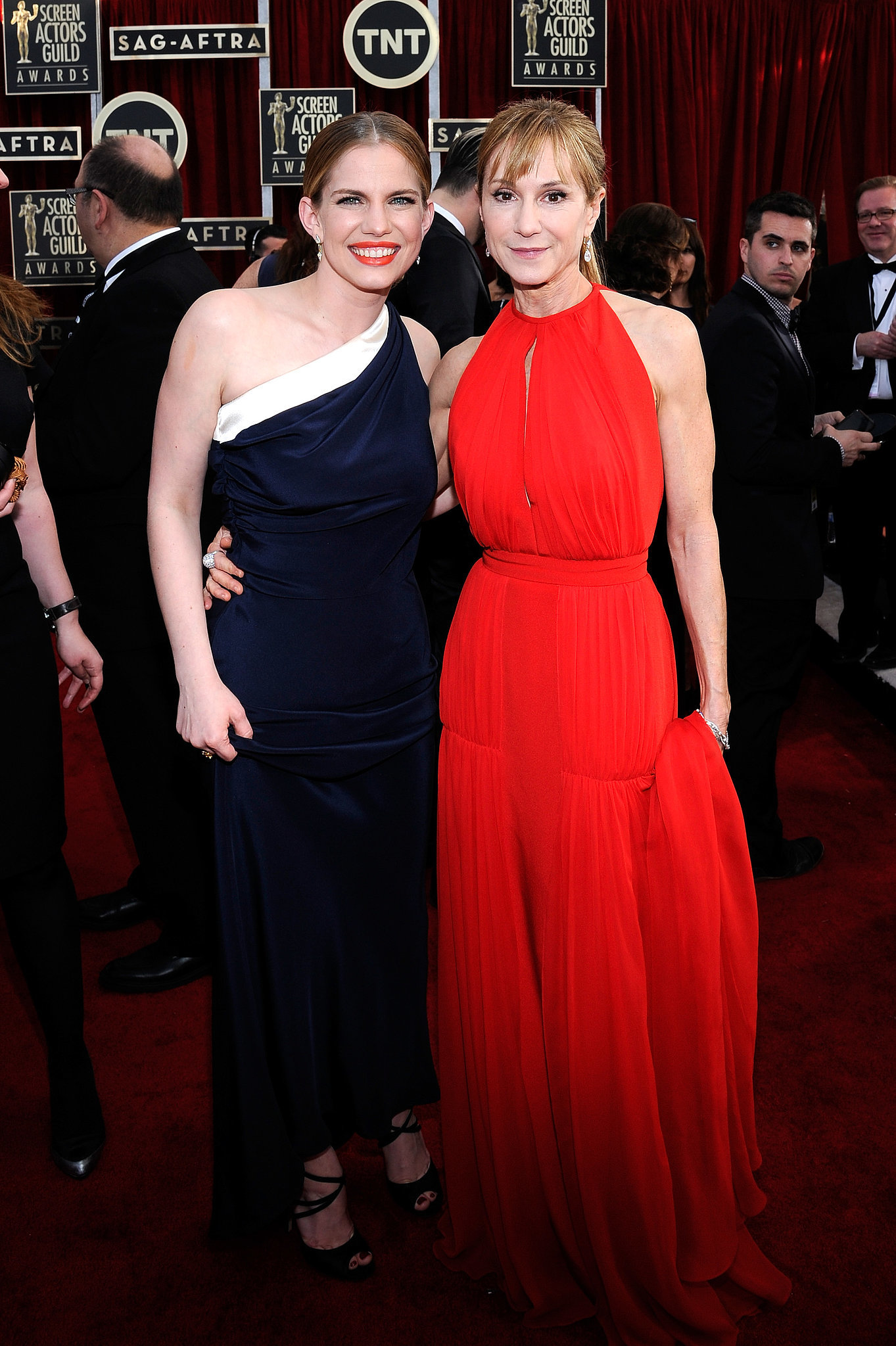 Anna Chlumsky and Holly Hunter paired up for a snap.