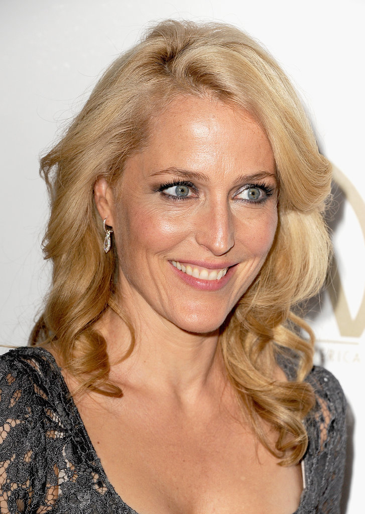 Gillian Anderson practically glowed on the red carpet.