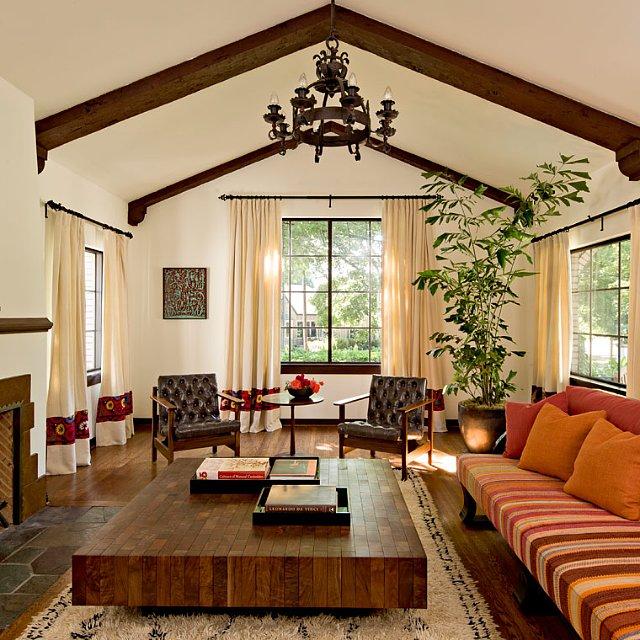 Mediterranean Style Living Room: Mediterranean Style Living Room