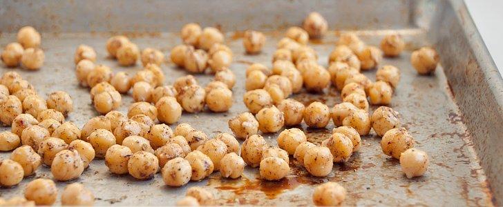 Crave-Worthy Crunchy Mediterranean-Spiced Chickpeas
