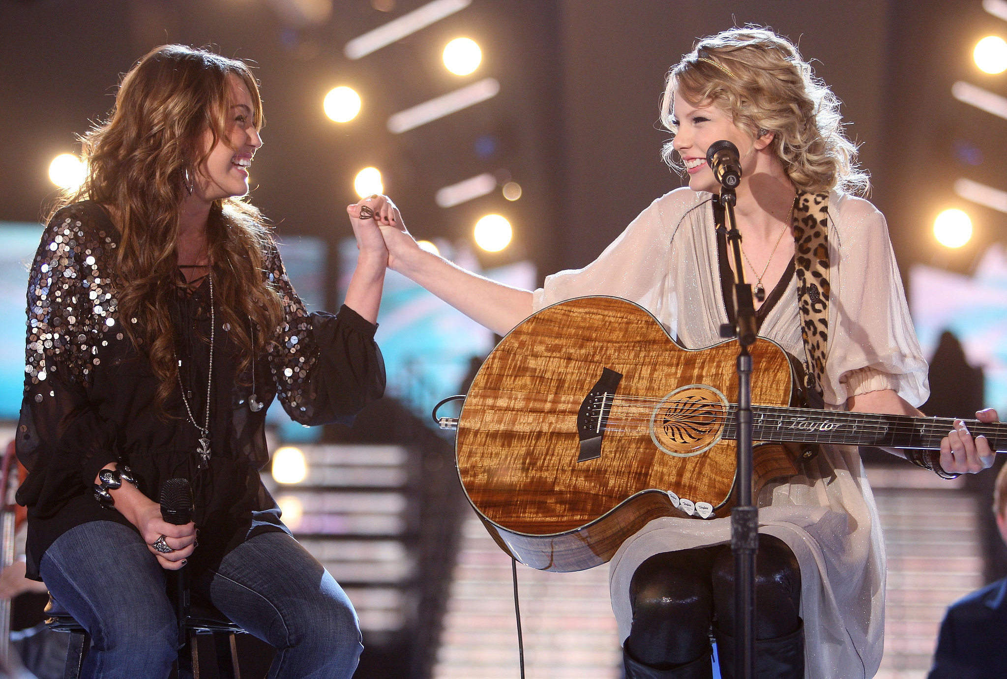 Miley Cyrus and Taylor Swift performed together in 2009.