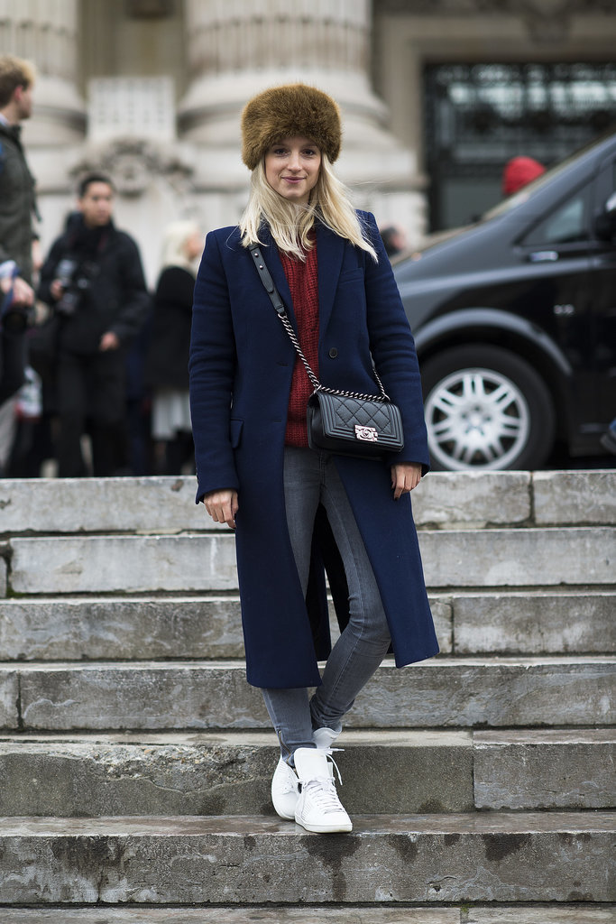 Easy does it in skinny denim and fresh white kicks. Source: Le 21ème | Adam Katz Sinding