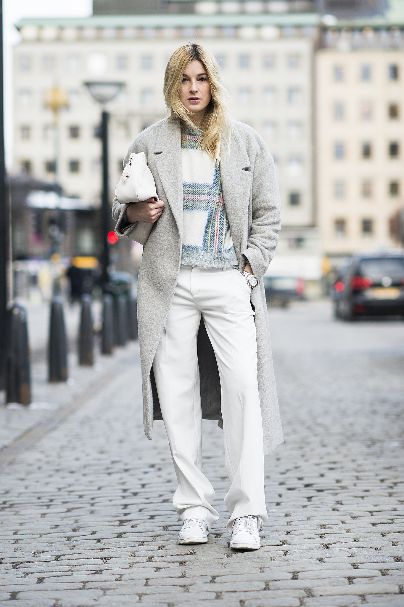 Do it all up in neutrals for a keep-cool Winter approach.  Source: Le 21ème   Adam Katz Sinding