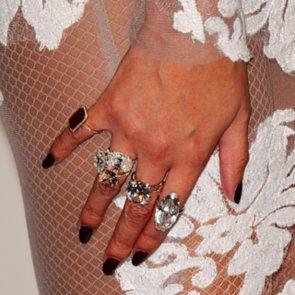 Re-Create Beyoncé's Custom Grammys Manicure