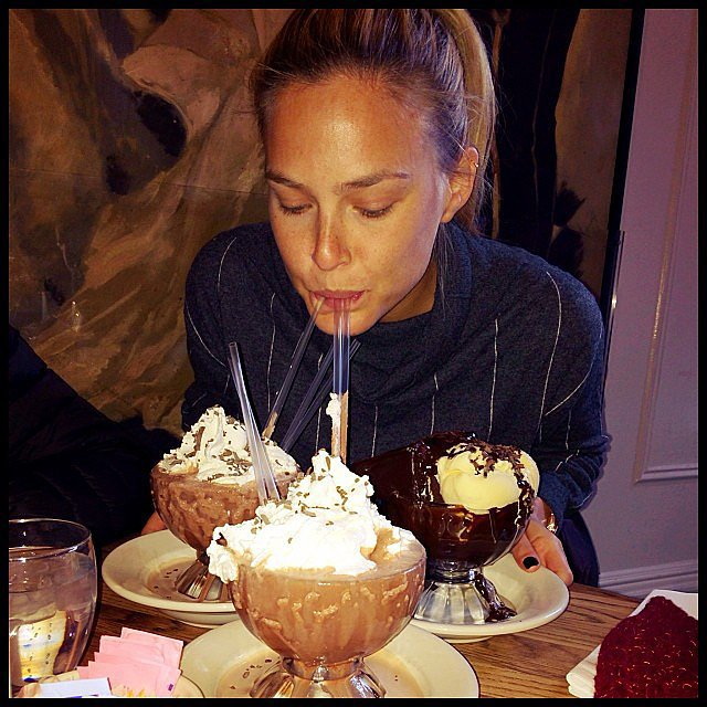 "Bar Refaeli posted a photo of what appears to be a Frrrozen Hot Chocolate from famed NYC hotspot Serendipity 3, warning her followers not to mess with a ""hungry model!!"" Source: Instagram user barrefaeli"