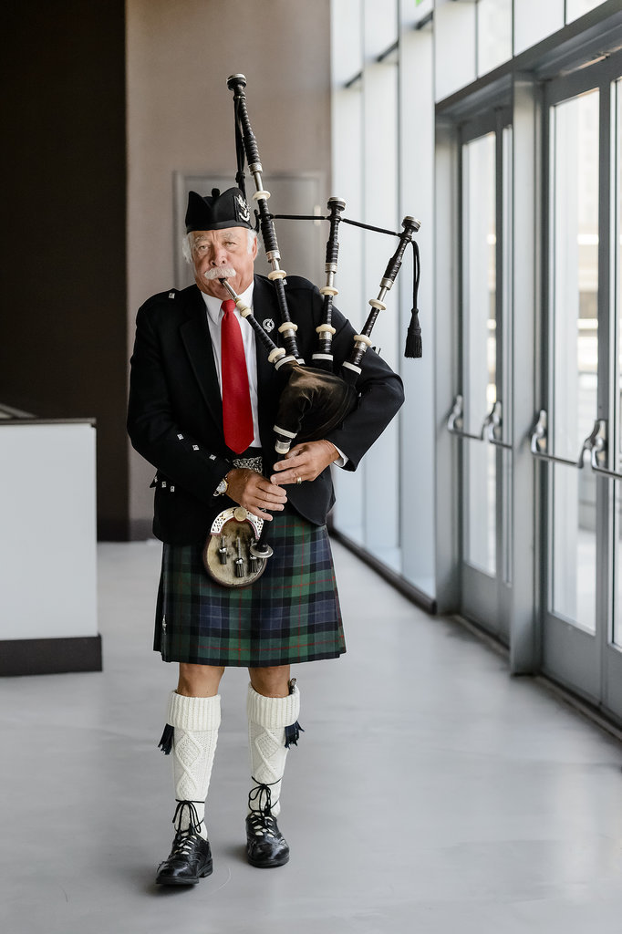 Bagpipers greeted guests. Photo by Chrisman Studios