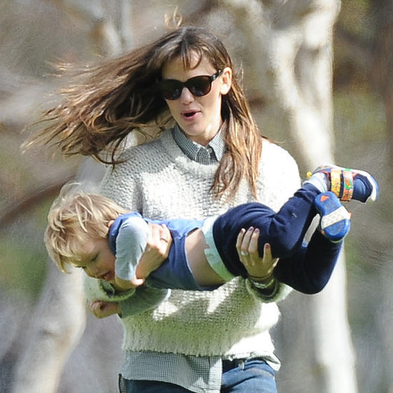 Jennifer Garner Plays With Her Kids at the Park | Pictures