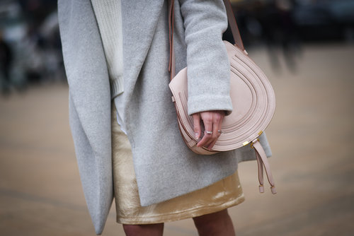 Sometimes, it's the understated accessories that get our attention, like this little Chloé bag.