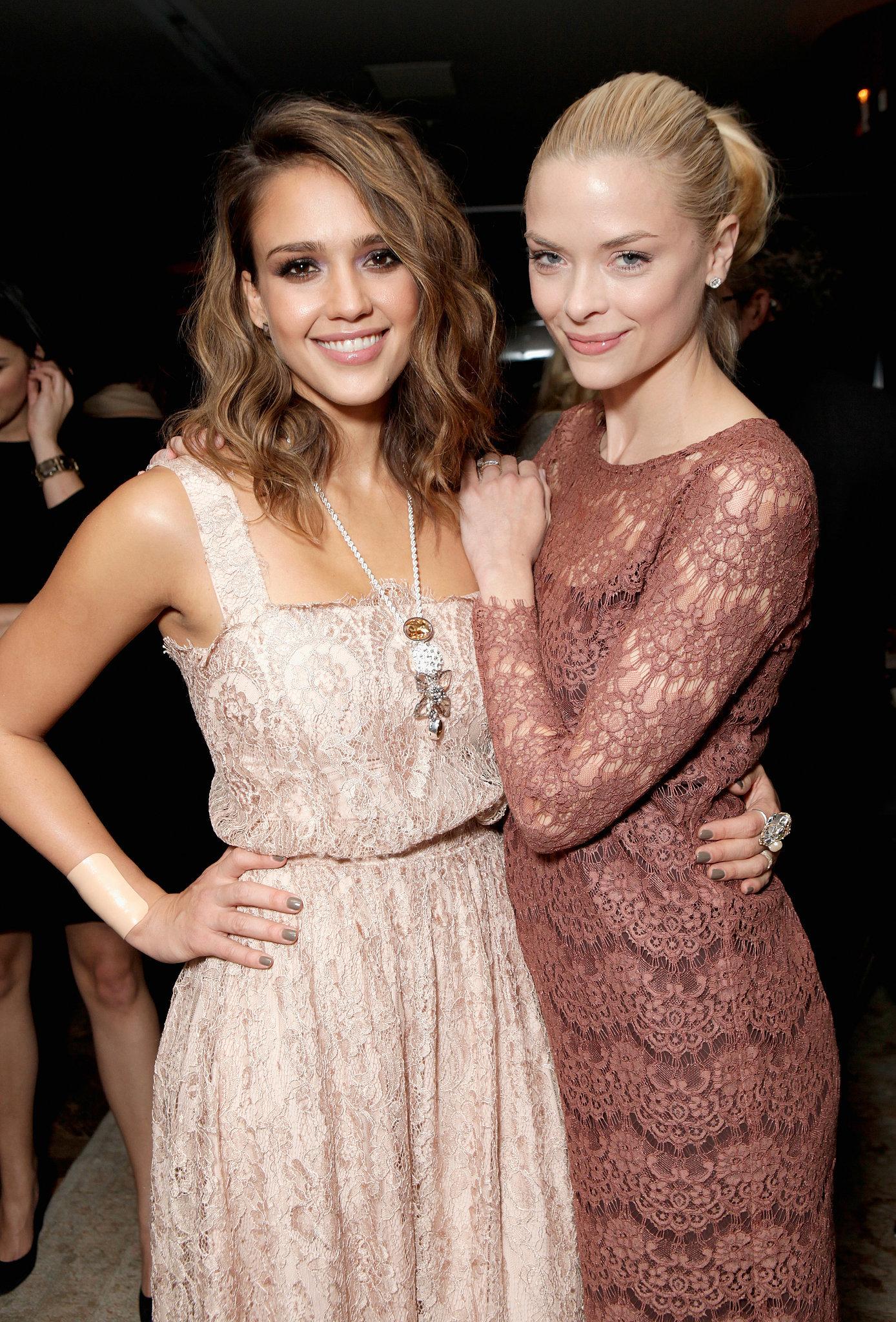 Photo of Jaime King & her friend  Jessica Alba