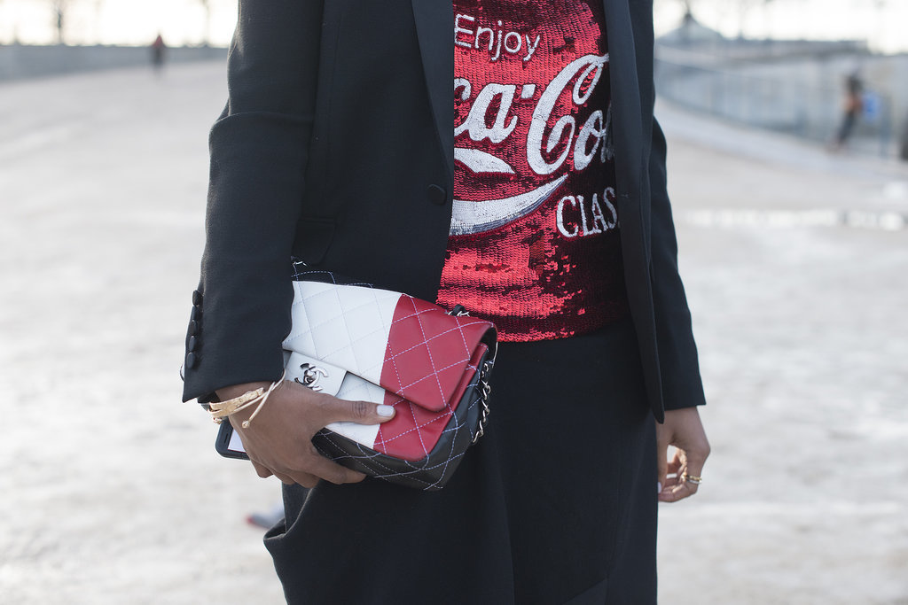 Shiona Turini capitalized on her red and black palette with a coordinating Chanel bag.