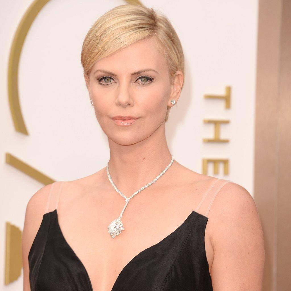 Charlize Theron's Hair and Makeup at Oscars 2014