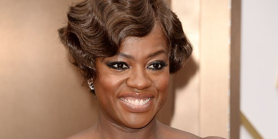 Viola Davis' Oscar Dress 2014 Is A Glamorous Emerald Green Escada Gown, This Is Definitely Her Color