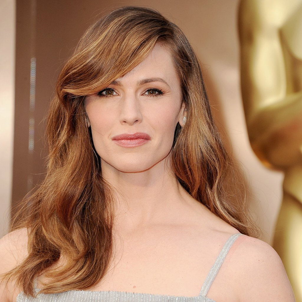 Jennifer Garner Hair and Makeup at Oscars 2014