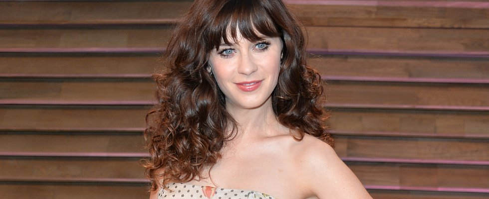 Zooey Deschanel's Curls Are Giving Us Major Studio 54 Vibes