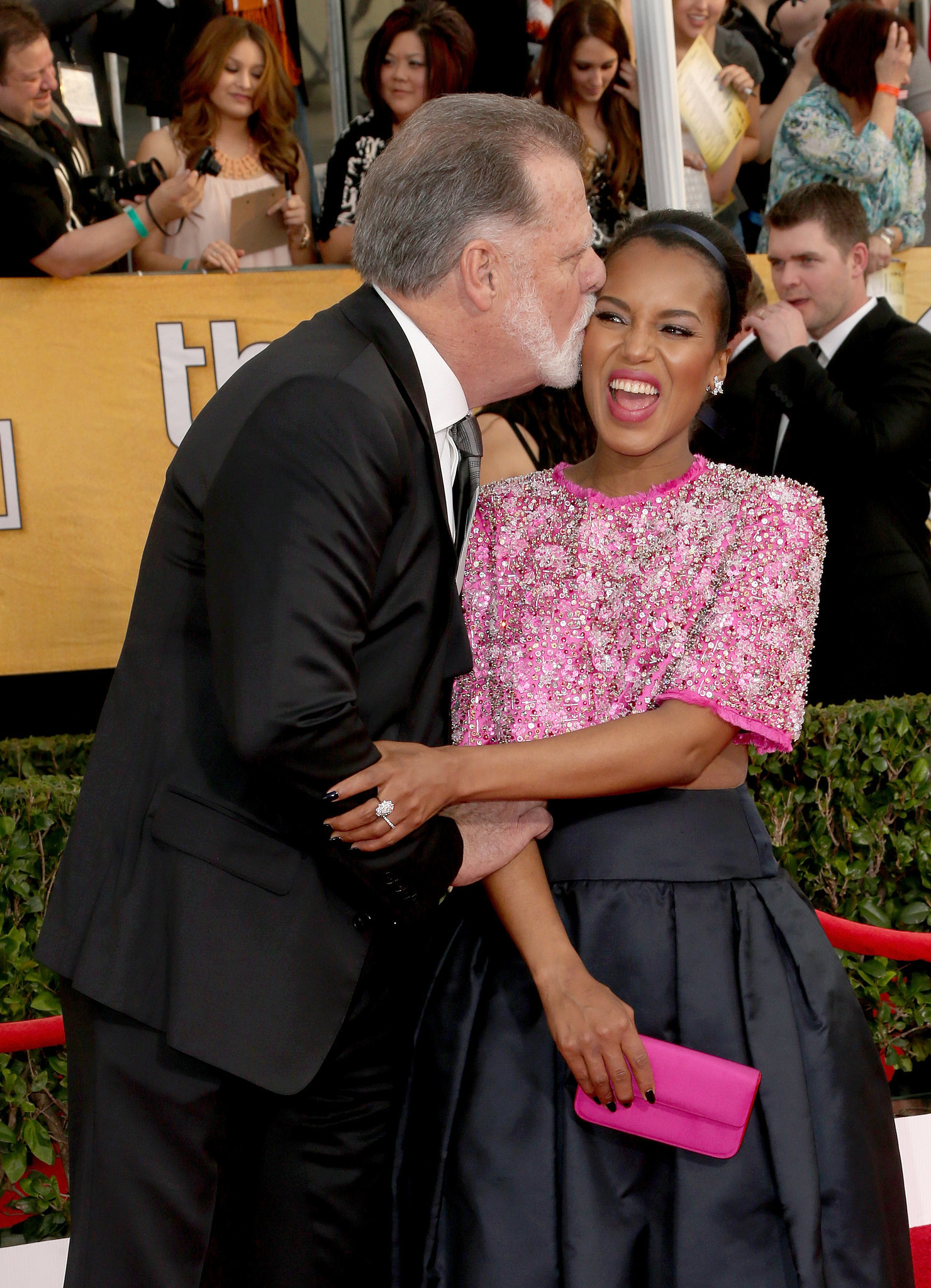 Kerry Washington enjoyed a silly kiss from director (and husband to Helen Mirren) Taylor Hackford at the SAGs.