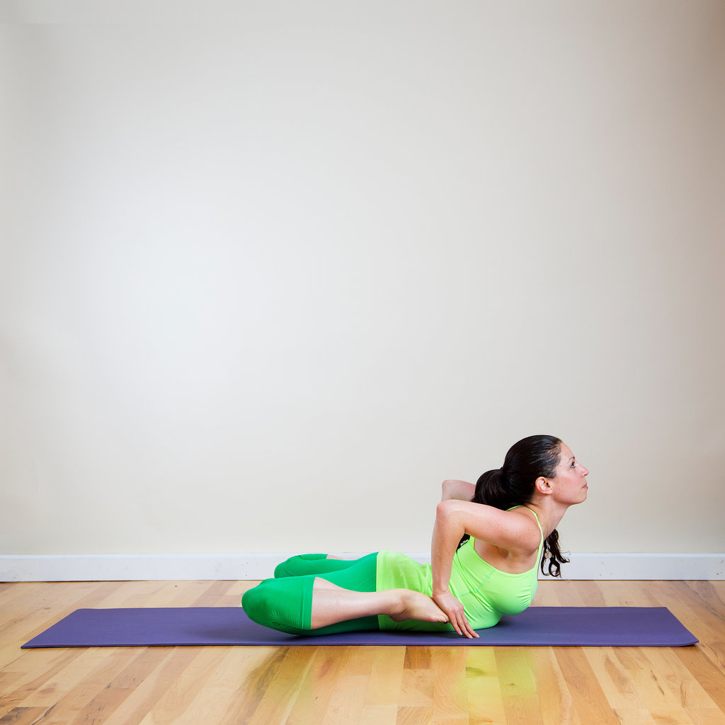 Frog Let Go Of Those Love Handles A Yoga Sequence To