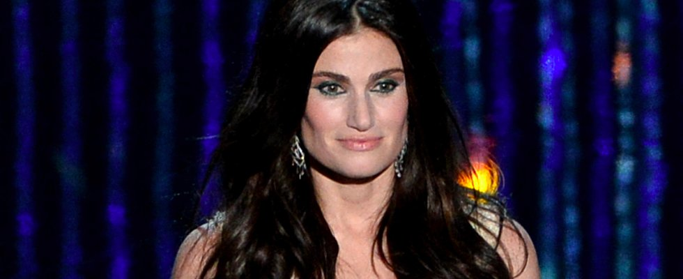 Idina Menzel's Makeup Artist Breaks Down Her Oscars Look
