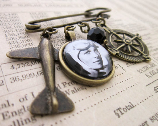Thoughtful Gifts to Celebrate Women's History Month