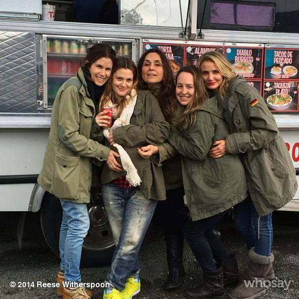 The group stopped by a taco truck during their trip.  Source: Instagram user reesewitherspoon