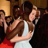 Die besten Fotos von Jennifer Lawrence und Lupita Nyong'o