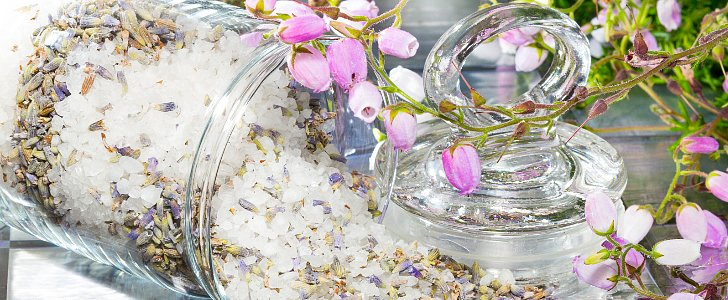 Don't Toss Those Flowers! How to Make Homemade Potpourri