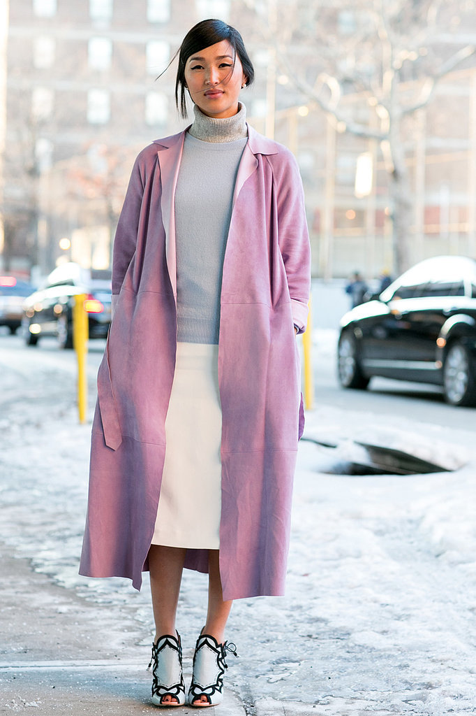Nicole Warne nailed pale pink and soft grey on the streets of Fashion Week.