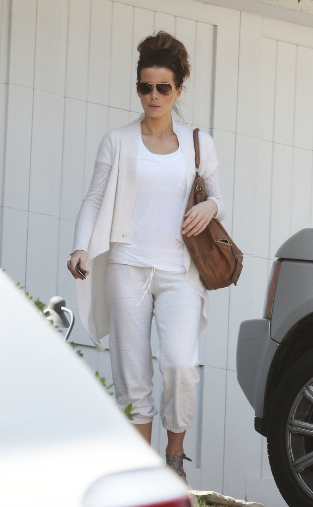 Kate Beckinsale in White Sweatpants and Cardigan