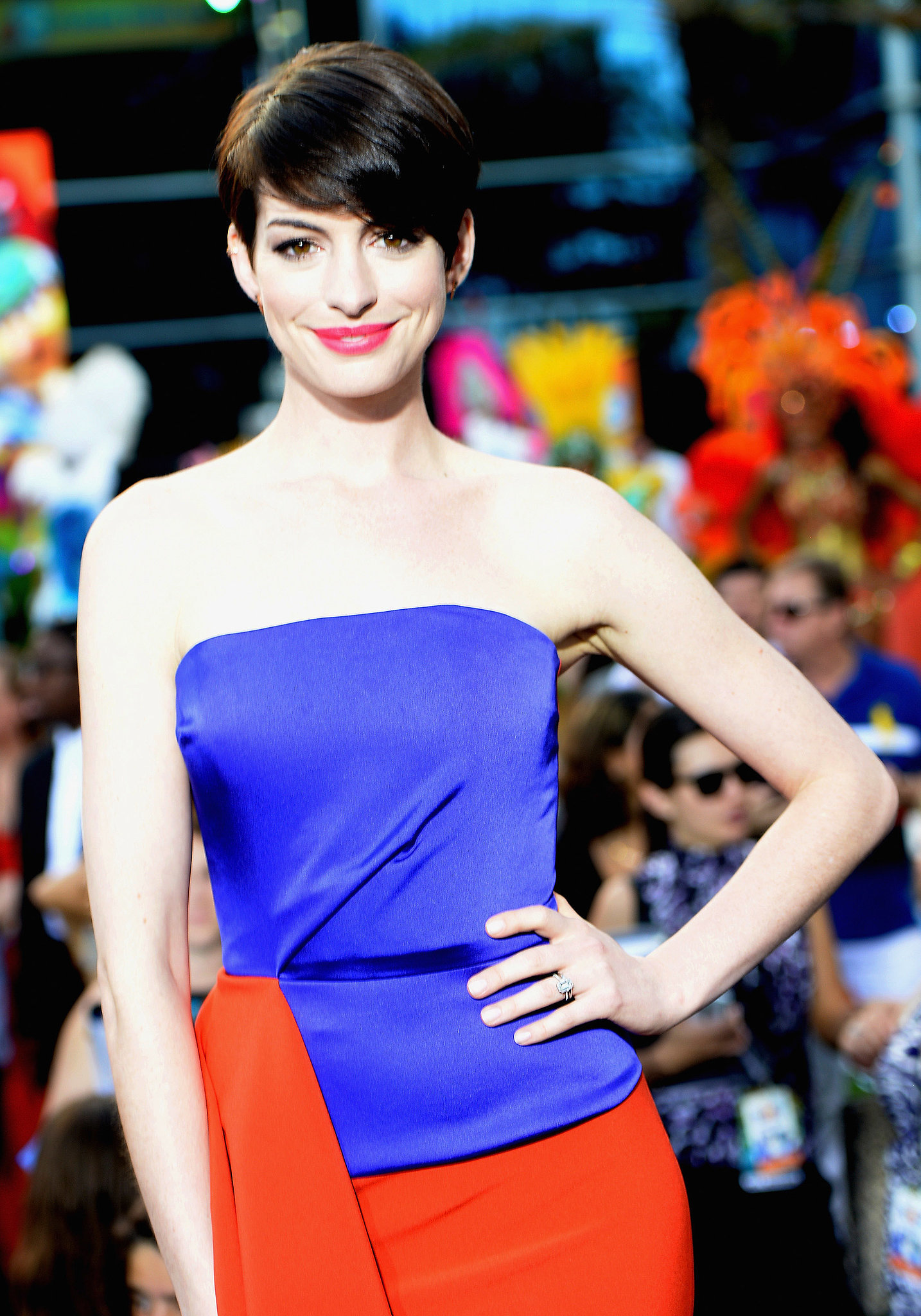 Anne Hathaway's Sleek Pixie