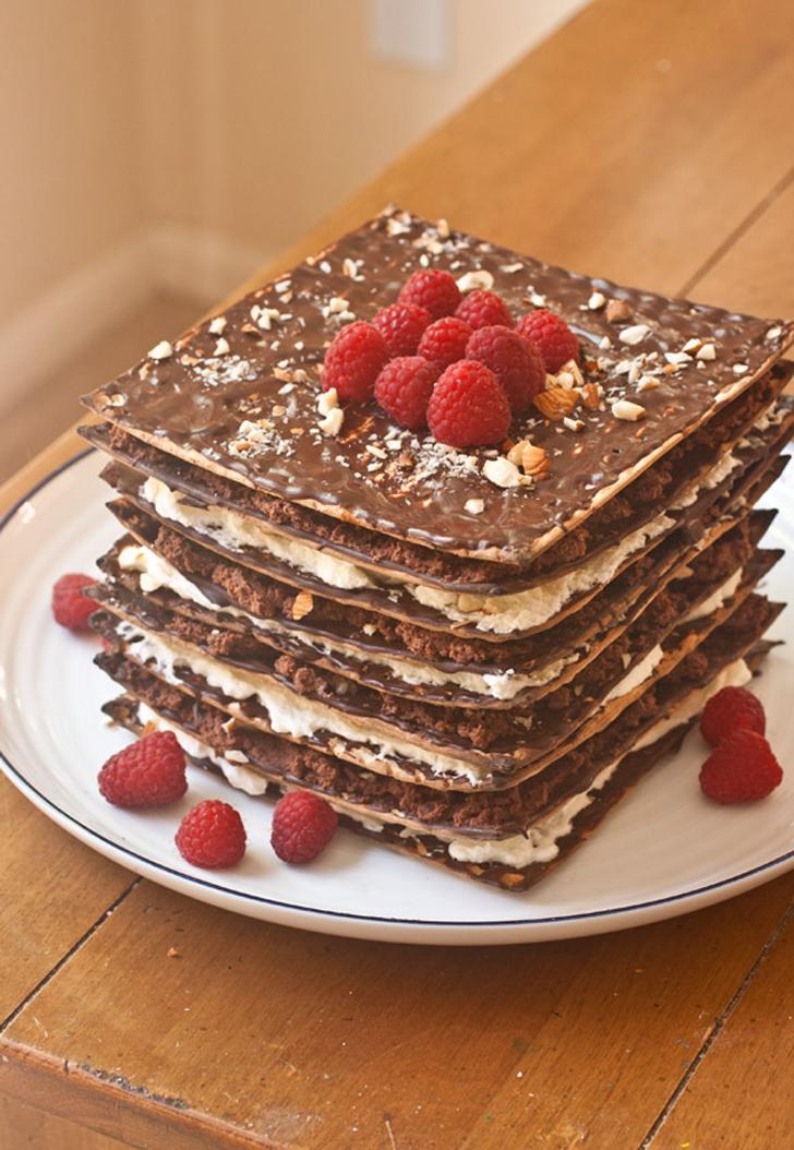 No-Bake Chocolate Matzo Cake