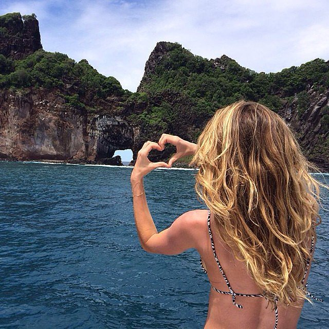 Gisele Bündchen enjoyed a beautiful vacation in her bikini. Source: Instagram user giseleofficial