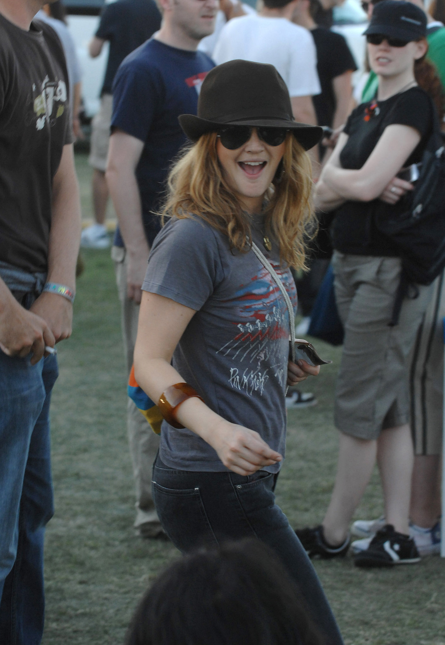 In 2007, Drew Barrymore danced among the Coachella crowd.
