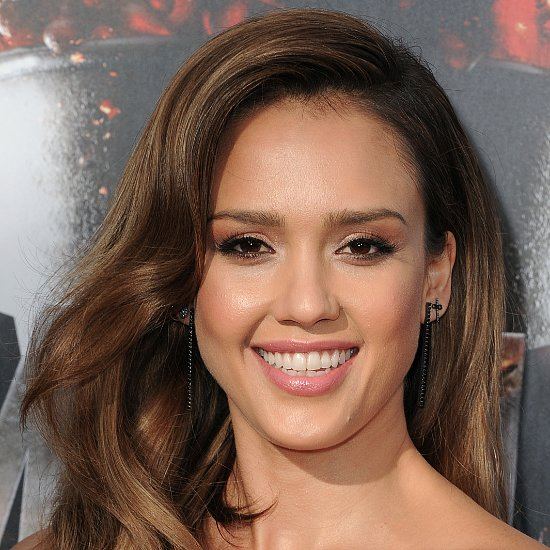 Jessica Alba's Hair and Makeup at MTV Movie Awards 2014