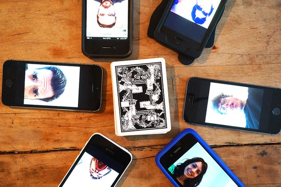 Game of Phones Is Just as Addictive as That One HBO Show