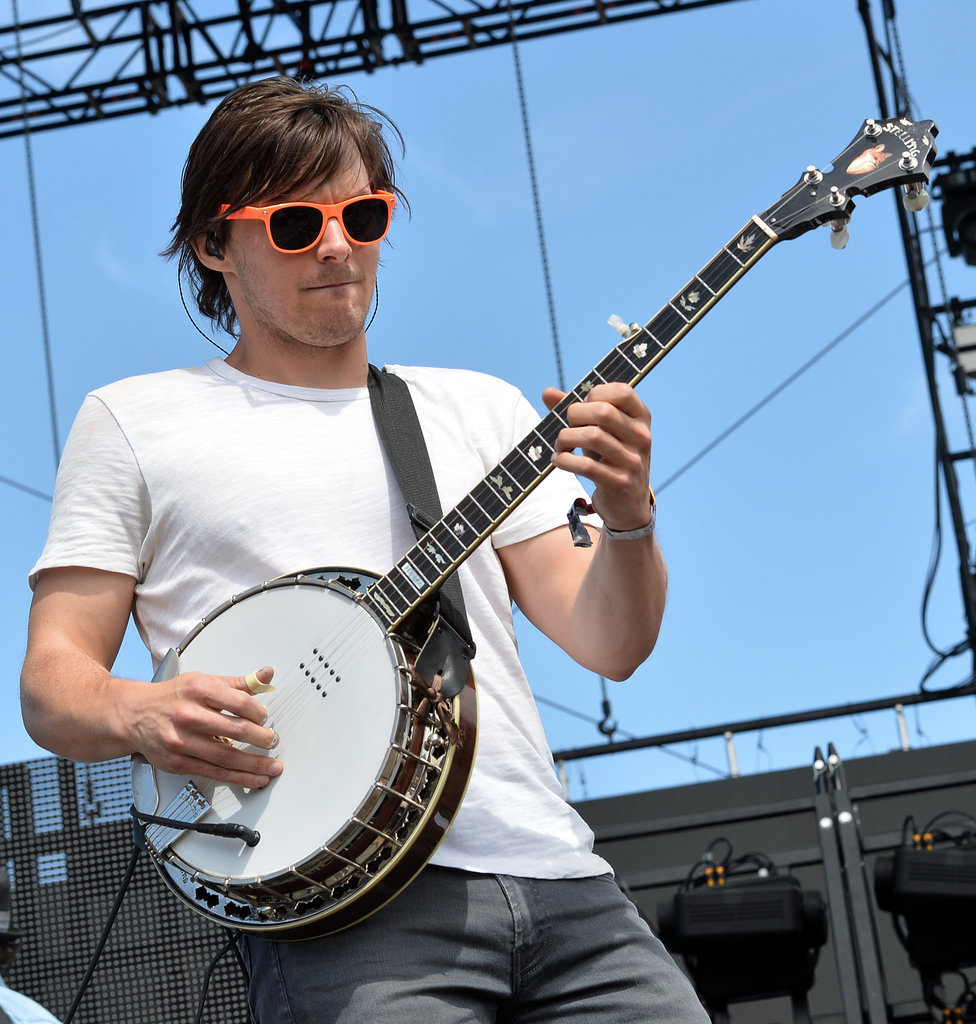 Into banjo-playing hipsters, you say? Meet Charlie Worsham.