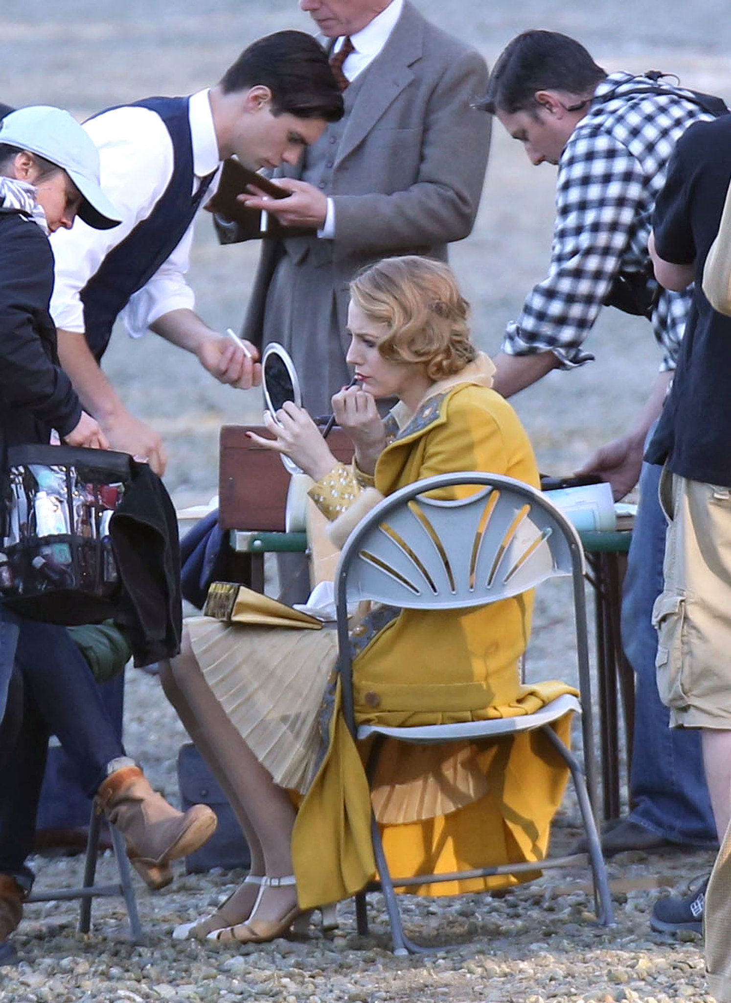 That's Blake Lively Doing Her Own Makeup on Set
