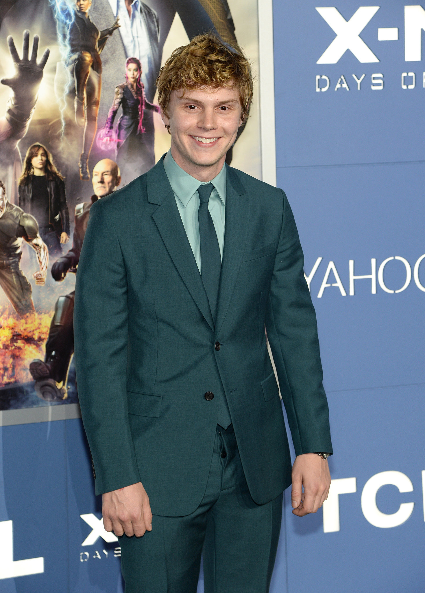 Evan Peters suited up for his big premiere.