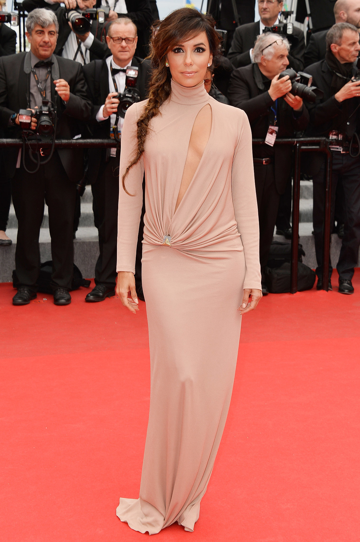Eva Longoria At The Foxcatcher Premiere Uma Thurman Shut It Down At The Cannes Closing