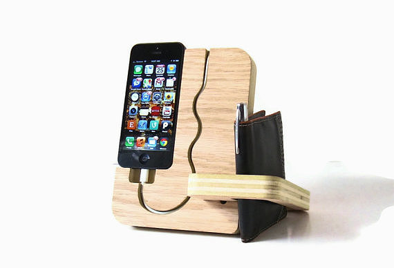iPhone Valet