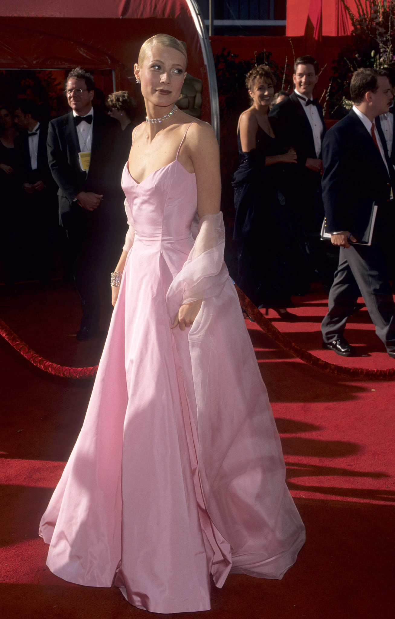 Gwyneth Paltrow at the Academy Awards in 1999