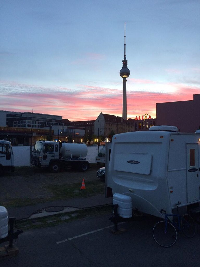 """Goodbye Berlin. With deepest thanks to our remarkable #Mockingjay cast and crew."" Source: Twitter user nin"