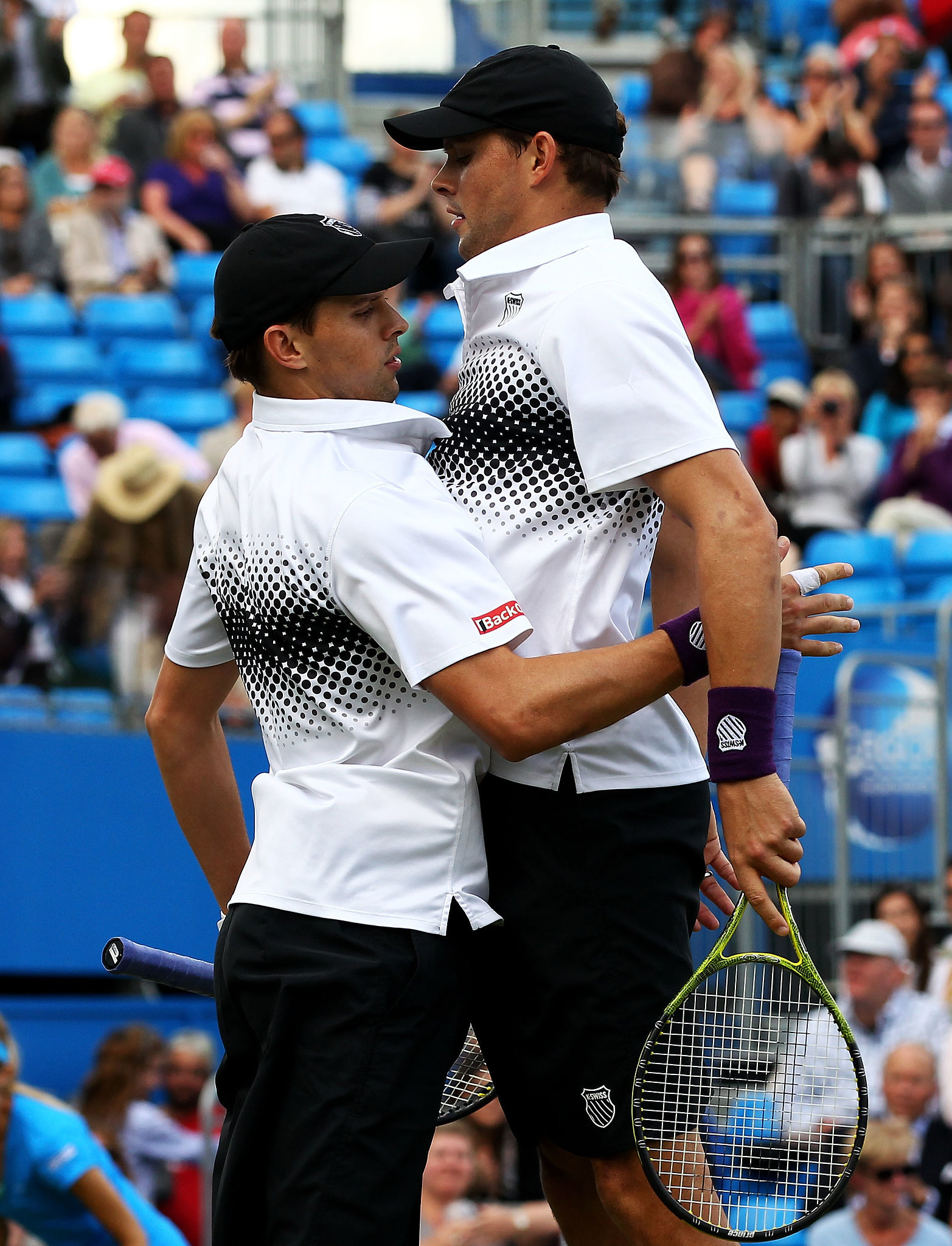 Who could resist these unbeatable twins! Bob and Mike Bryan are always stylin' on and off the court
